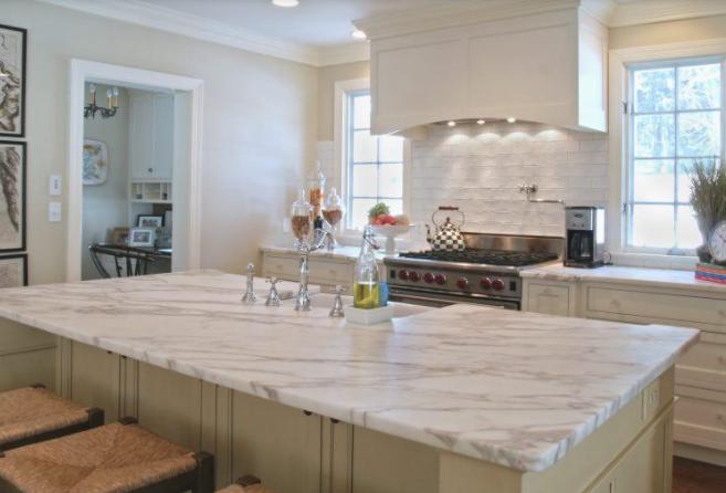 marble kitchen, transitional kitchen, fancy kitchen
