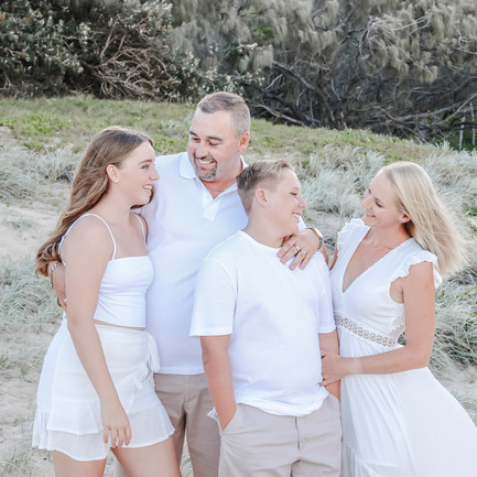 Why you should Co-Ordinate your Clothes for your Family Portrait Session