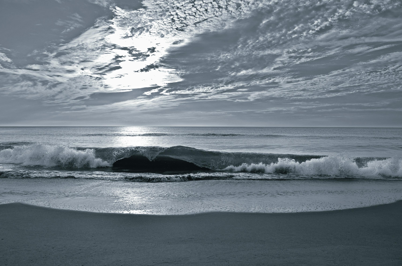 Black & White Beach