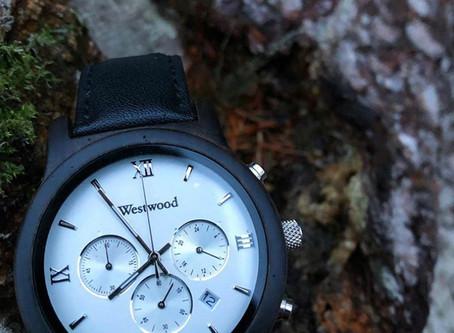 Hochwertige Uhren aus Holz