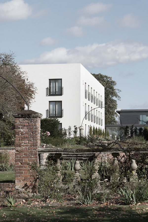 Thorpe Lifehouse Spa, Thorpe, Essex Spa, white box, cube rooms, pools, treatment rooms, listed gardens, pavillion buildings, luxury, landscaped gardens, fitness suite, grey cladding, white render
