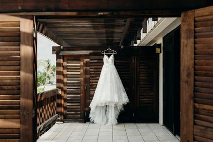 Cayelea&Zach_wedding_MeredithZimmermanPh