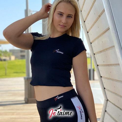 חולצה ספורט שחורה