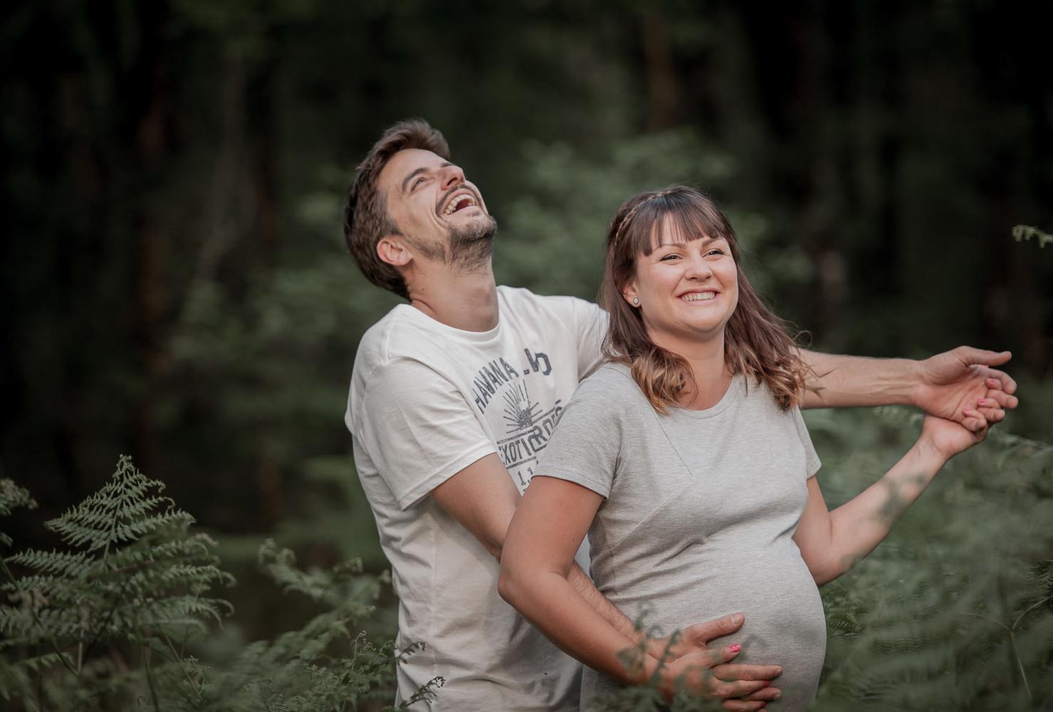 photographe Famille a Montreuil Juigné femme enceinte Angers Maine et Loire 49 France