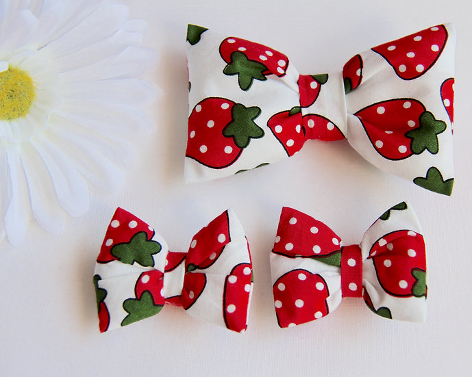 Strawberry Bow Clips