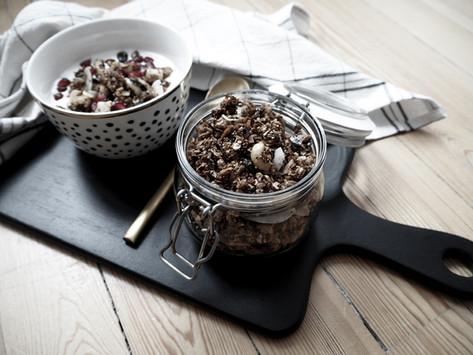 5 Minuten-Granola mit Feigen und Nüssen