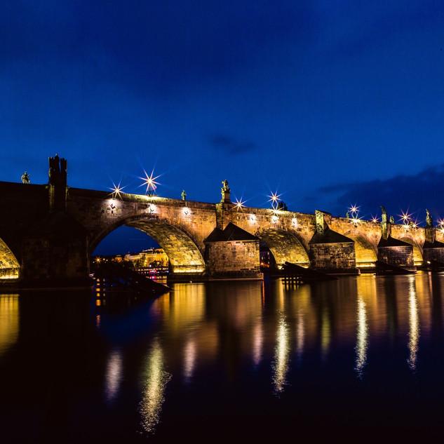 architecture-blue-bridge-161894.jpg
