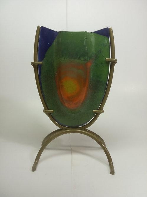 Vaso de vidro com base de metal