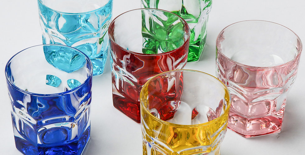 COLORED WINE GLASS