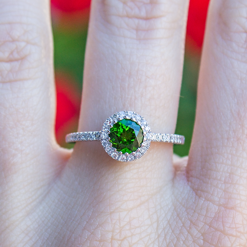 Chrome Diopside Ring in White Gold