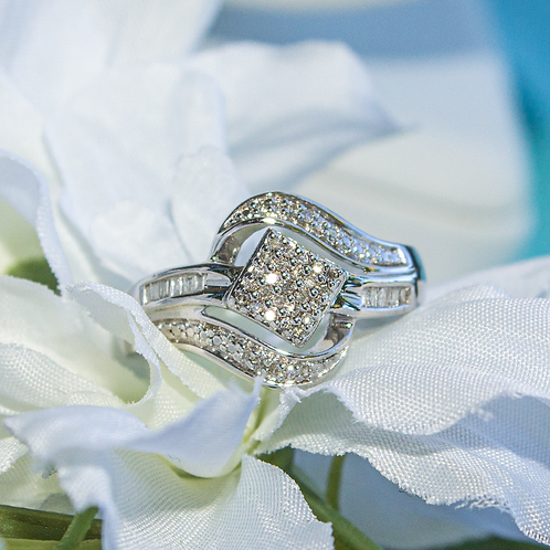 Niwen Sterling Silver Diamond Ring