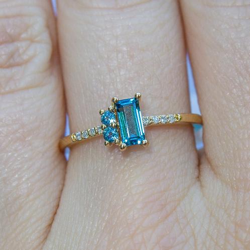 Sansa Topaz Ring