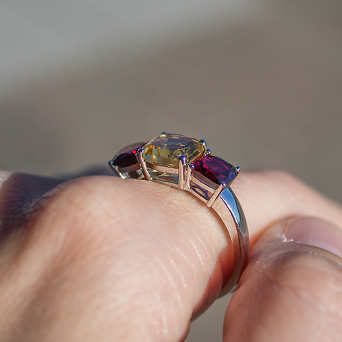 Aldea Citrine & Garnet Ring