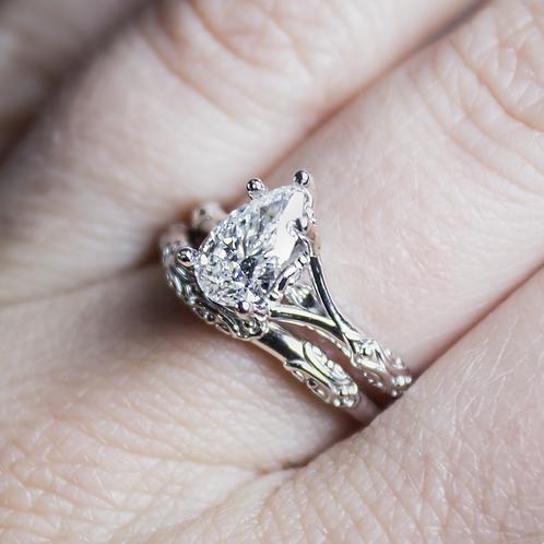 The Duchess Diamond Ring