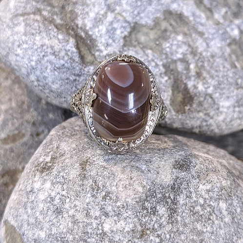 Agate in White Gold Ring
