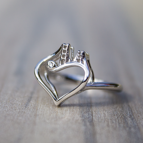 10 kt Gold Bridge to Her Heart  Tower Ring