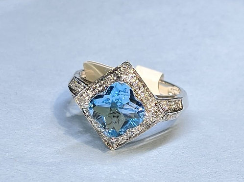 Flower-Cut Swiss Blue Topaz Ring