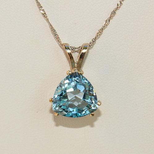 14 K white gold Blue Topaz Pendant