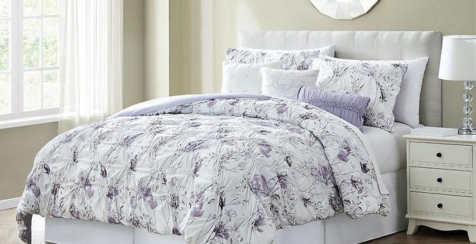 Comforter-4-1366x700_edited.jpg