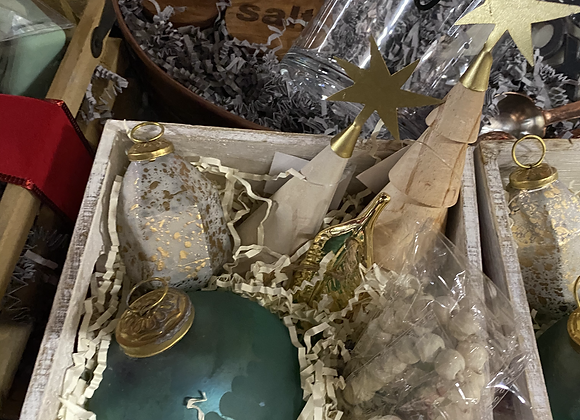 Merry & Bright Curated Box