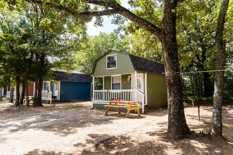 cabin eight: safari cabin