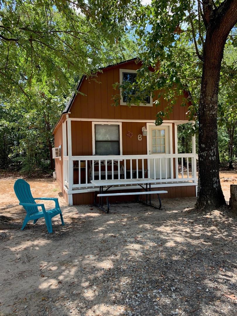 cabin six: western cabin