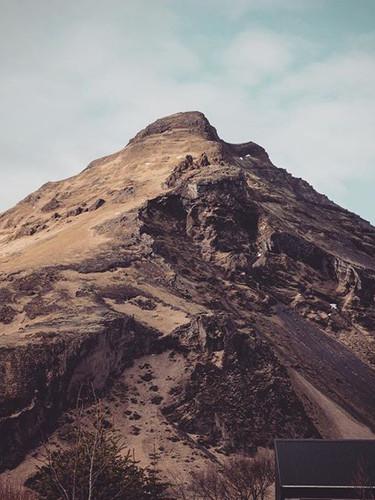 ⛰🇮🇸 #iceland #mountain #landscape #nat