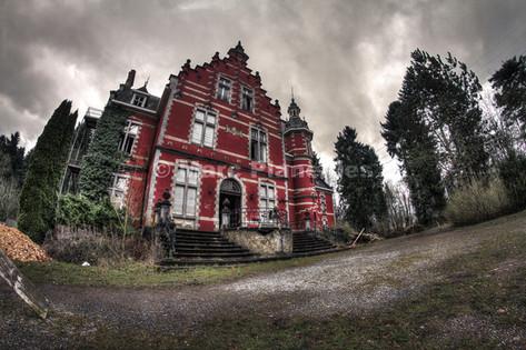 Le Château Rouge