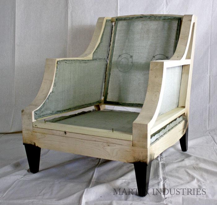 the E L L I O T chair