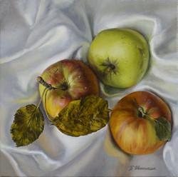 10.Три яблока.jpg
