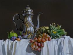 Teapot with fruit