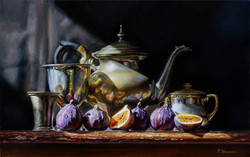 Kettle with figs