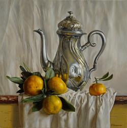 Teapot with mandarins