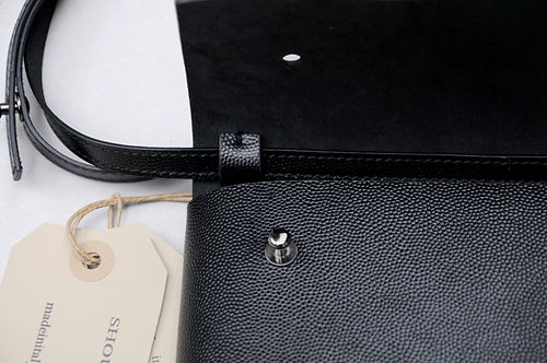 Organized shoulder pocket bag _man