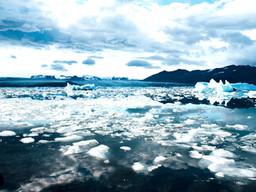 Lo último en lujo; agua de iceberg