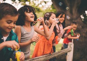 Bubbles Üfleme Çocuklar