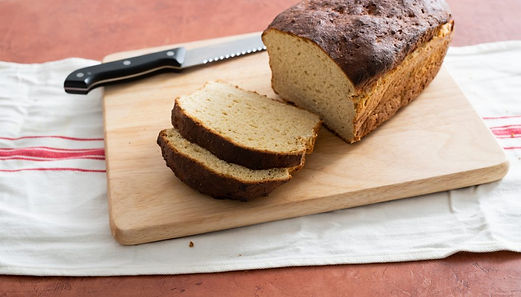 לחם קלאסי לכל יום ללא גלוטן.jpg
