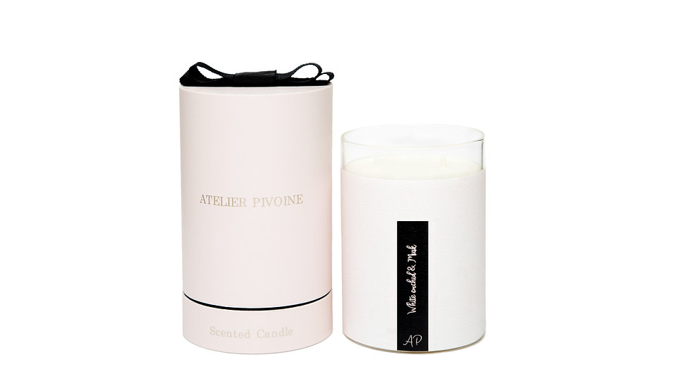 White Orchid & Musk Candle