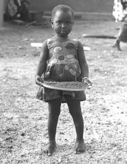 GUINEAN GIRL - 1964