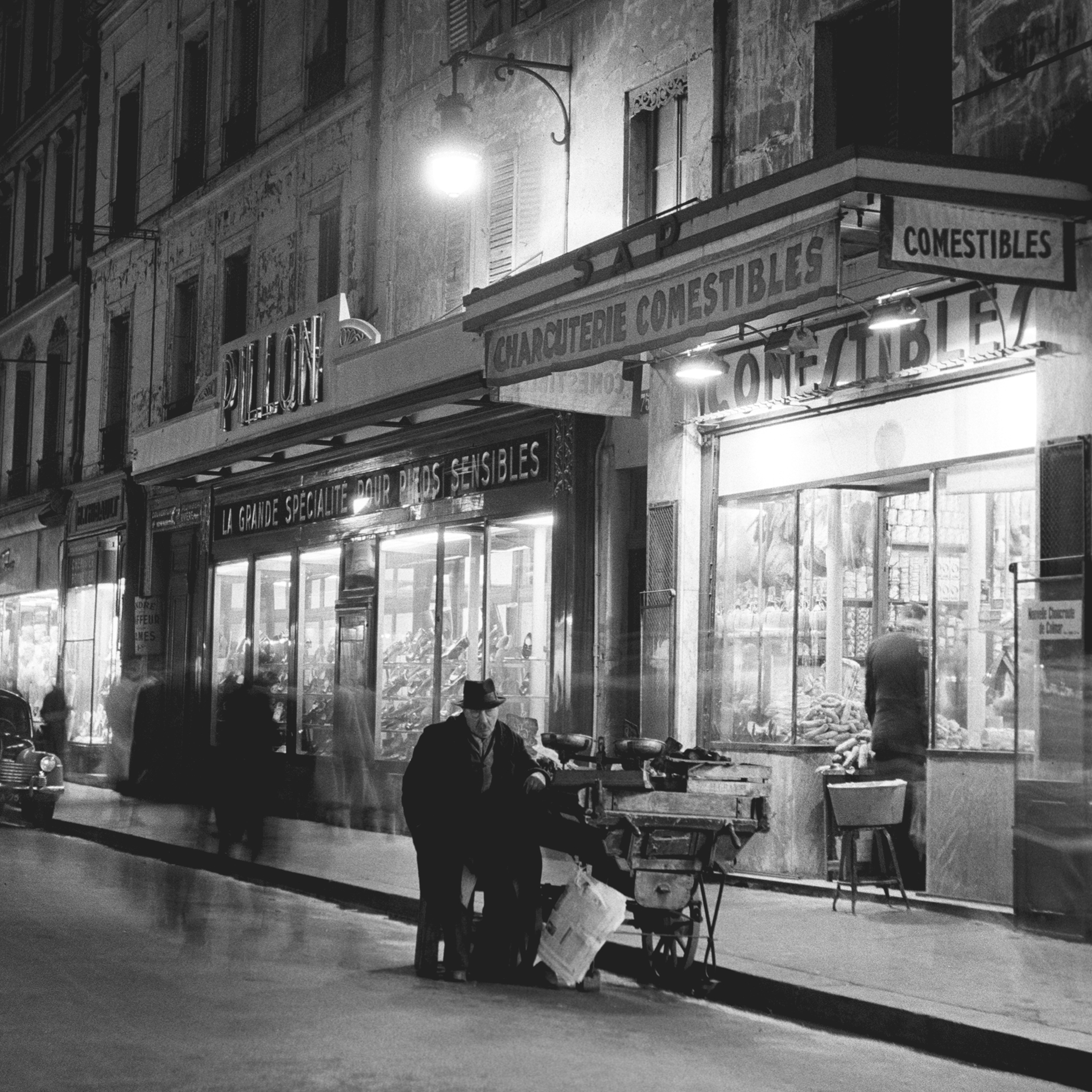 NIGHT SALESMAN - 1950
