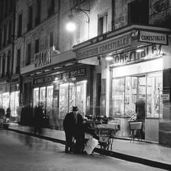 NIGHT SALESMAN - 1950