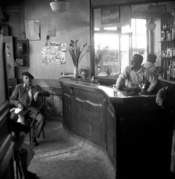CAFÉ- 1947
