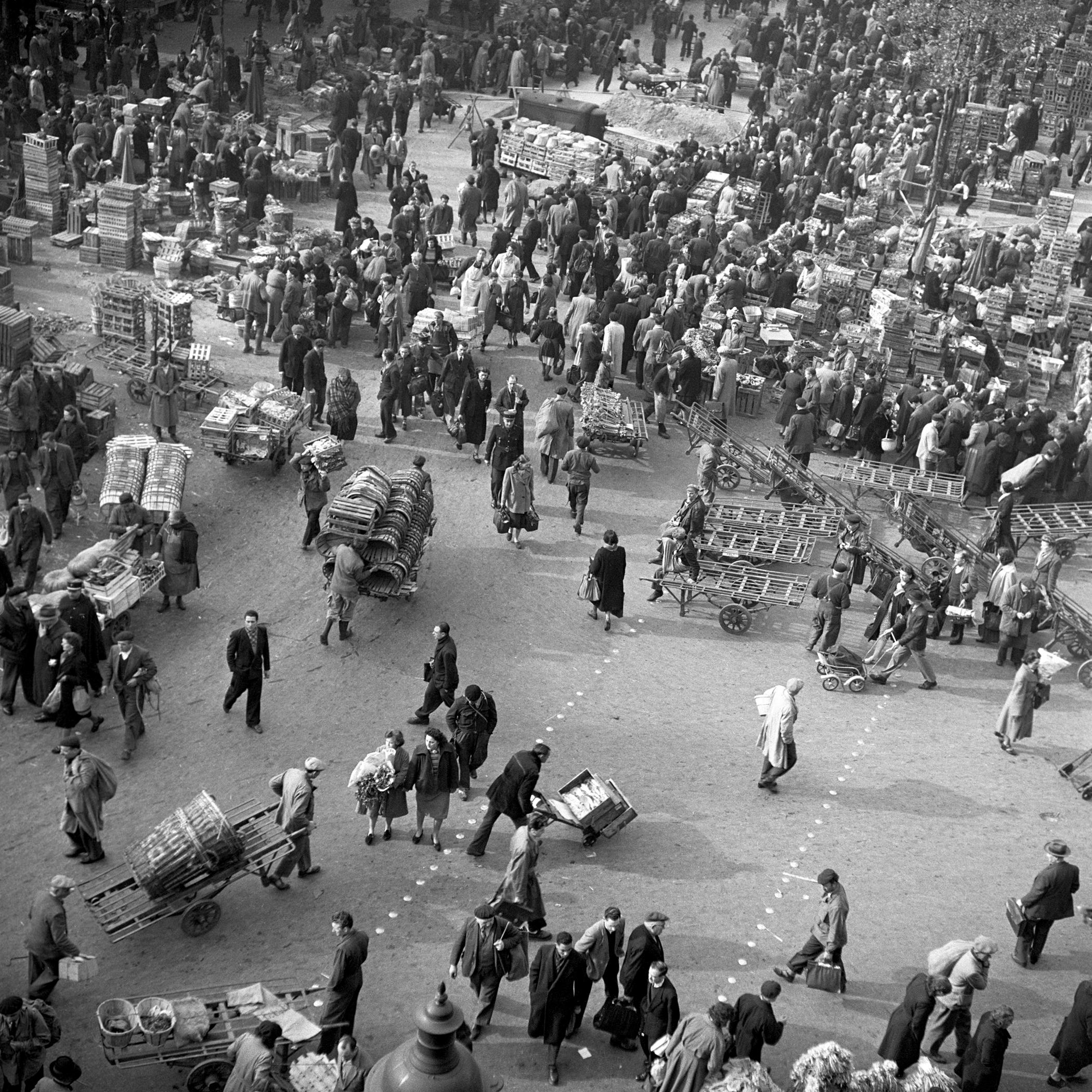 LES HALLES -1949