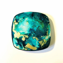Alcohol ink on polymer pendant