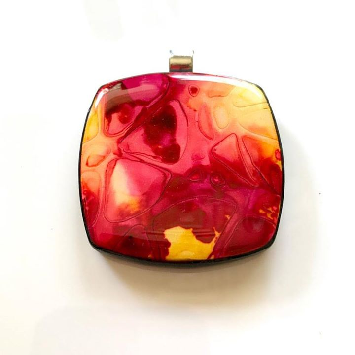 Alcohol ink on polymer pendants