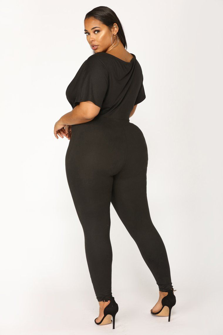 FULL FIGURED BLCK JUMPSUIT