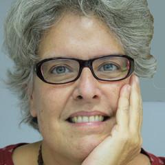 Adina Izarra