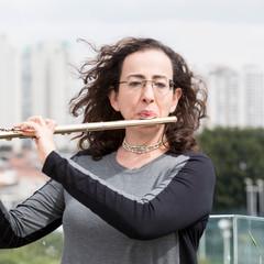 Cássia Carrascoza