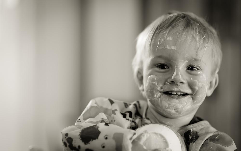 yaourt visage enfant heureux