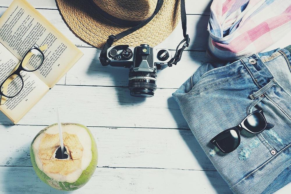 vacances, cocktail, livre